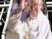 Pape encore frappé...