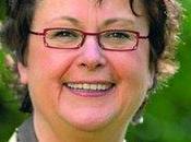 Christine Boutin enfile préservatif qu'à moitié (vidéo)