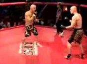 Extraordinaire, double lors d'un match Free Fight