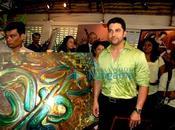 [PHOTOS] Aftab graces Deeds charitable exhibition