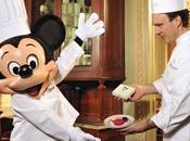Mickey croquer chez Ladurée