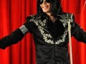 Michael Jackson réduit coûts