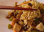 ~Nouilles chinoises sautées petits légumes roti porc~