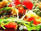 Salade pâtes, feta, thon, tomates roquette