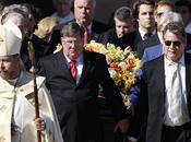 Farrah Fawcett. Photos-reportage funérailles.Ryan O'Neal dévasté!