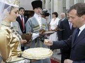 Medvedev visite Ossétie