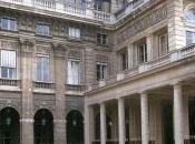 Mitterrand ministère, essentiels pour France l'étranger