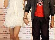Anushka Sharma Neil Nitin Mukesh défilent pour Jack Jones