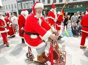 Assemblée Pères Noël à Copenhague