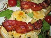 Tartines chèvre chaud, thym frais lard croustillant!!