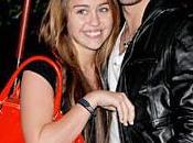 Miley Cyrus... Briseuse coeur