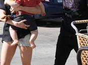 Pete Wentz Ashlee Simpson pleine séance magasinage avec bébé Bronx!!