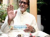 Amitabh Bachchan fete 67ans!