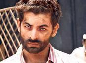 Neil Nitin Mukhesh d'Aamir Khan