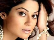 Shamita Shetty quitte Boss pour assister mariage Shilpa