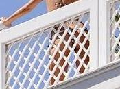Paris Hilton maillot bain sexy