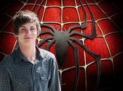 Logan Lerman nouveau Spider (Peter Parker)