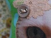 Poupée créateur, pois bleus fond vert, série limitée. (Poupée Laïs n°11)