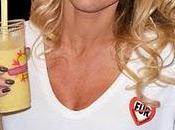 Pamela Anderson crée premier milk-shake vegan