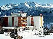 """Mont Paisible, hôtel """"nice price"""" bien coté Sonntagszeitung"""