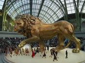 Défilé Haute Couture Paris maison CHANEL présente collection placée sous signe animaux