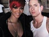 Eminem feat Rihanna MEGAN ACTING)