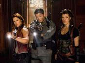 office Resident Evil Afterlife explose tout