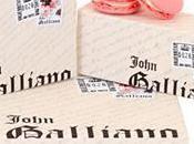macaron Ladurée signé John Galliano!