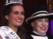 "Geneviève Fontenay trouve Miss France 2011 ""banale"""