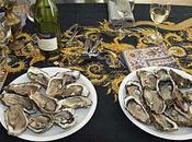 décembre: Thaïlande. Udonthani. Dégustation d'huîtres