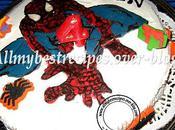 Gateau spiderman avec windows color