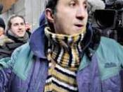 soulier politique d'Amir Khadir