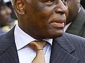 [Dictateur]: N'oublions José Edouardo Santos l'#Angola…