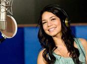 Vanessa Hudgens plus proche Josh Hutcherson