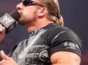 Triple inquiet pour l'Undertaker
