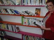 Caissargues (30) petite bibliothèque possède derniers bestsellers