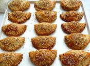 Cocas (petits chaussons) pommes terre oignons confits