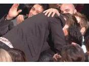 Twilight Robert Pattinson embrasse Taylor Lautner