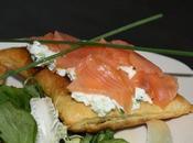 Feuilletés saumon, pomme verte, concombre ciboulette