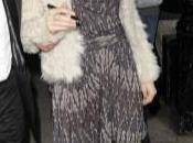 même veste blanche poils Sienna Miller