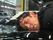 Wade Barrett écrasé toit d'une voiture