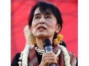 Aung présente parlement Birman!