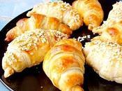 Mini-croissants feuilletés fourrés seitan fumé moutarde l'ancienne