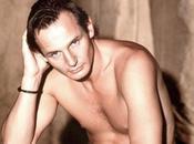 Liam Neeson déshabille chez Ellen DeGeneres contre Cancer
