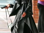 Willow smith promenant tenue etrange