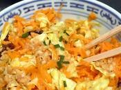 Salade chou carotte, vinaigrette cacahuète