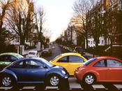 Volkswagen quatre voitures dans vent
