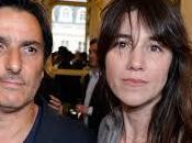 Yvan Attal demande Charlotte Gainsbourg mariage devant caméras