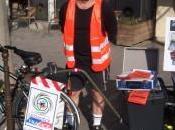 Michel Catoire pédale routes France pour trouver travail