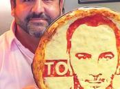 FOOD: portraits confectionnés dans pizza